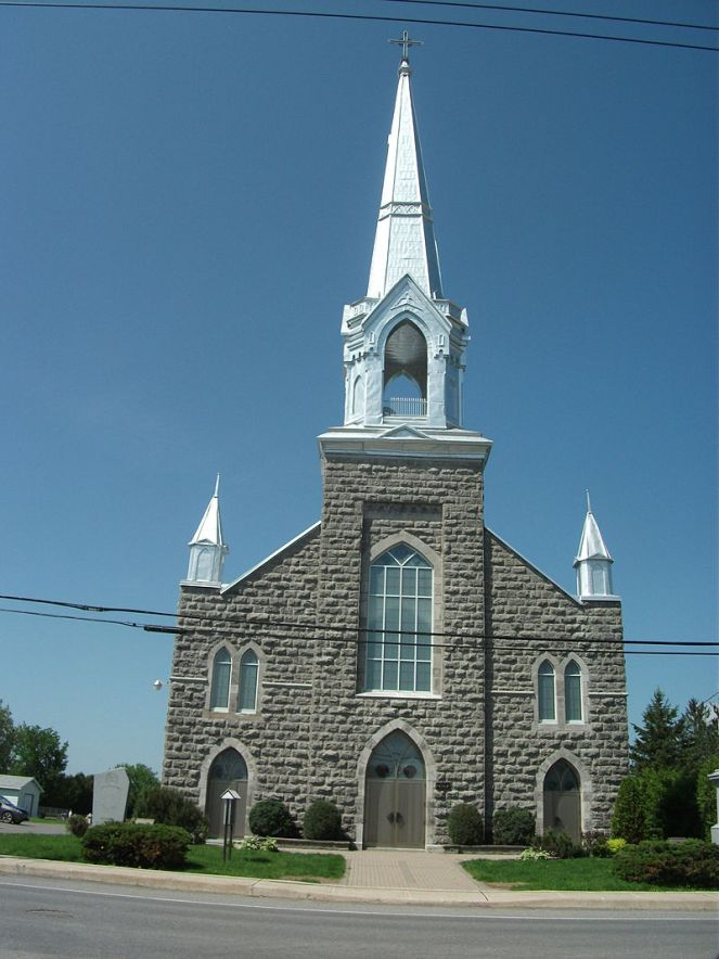 800px-Church_in_St._Isidore,_Ontario